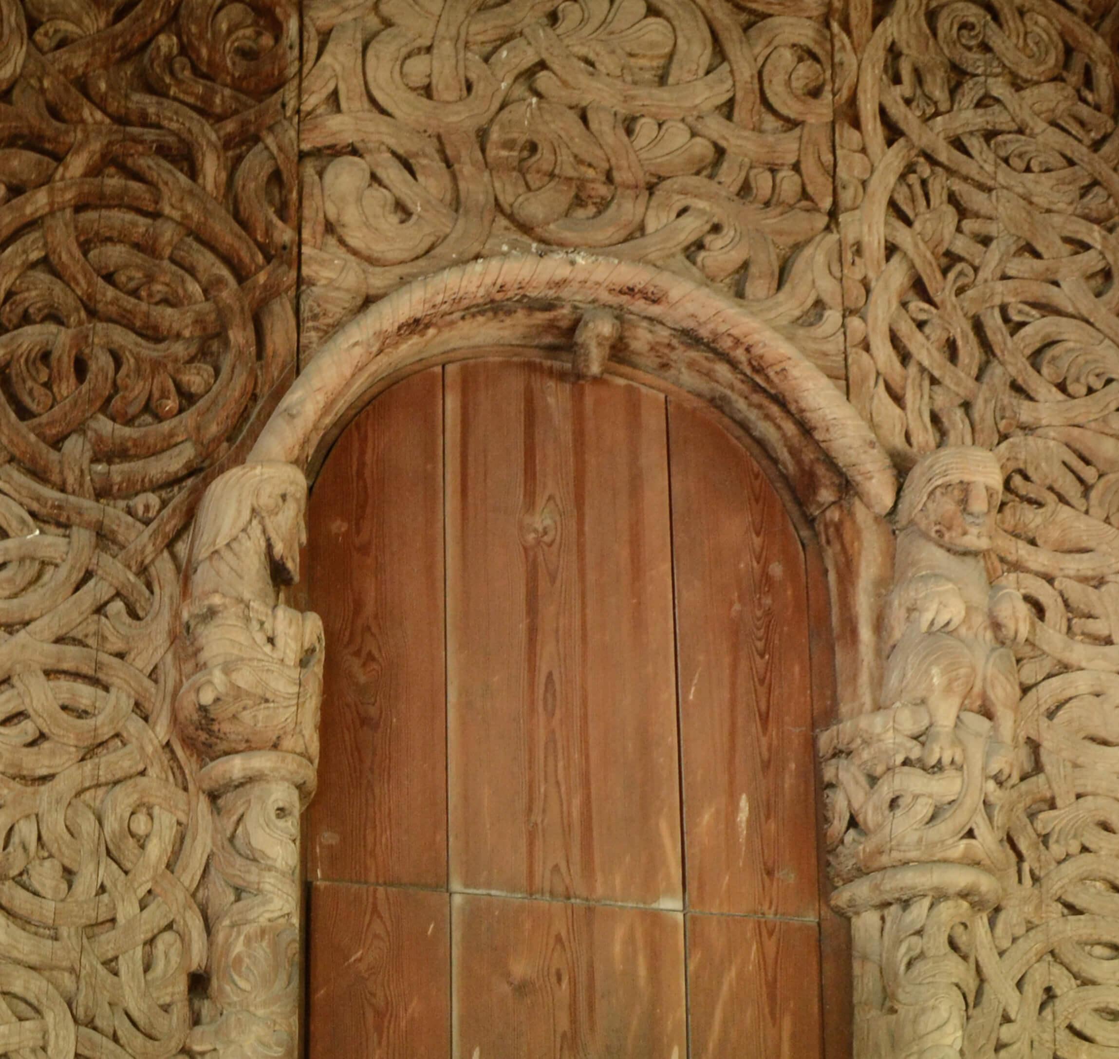 Inngangsportal i Heddal stavkirke